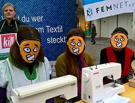 22.04.2017: Aktion zu Rana Plaza in Bonn. Foto: © FEMNET e.V.