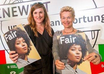 Gisela Burckhardt & Friederike von Wedel-Parlow, Chefredaktion des FFG vom Beneficial Design Institute Berlin präsentieren den FFG. Foto: ©BMZ