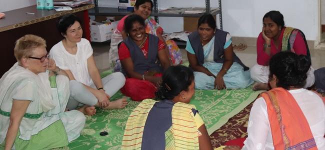 Textilarbeiterinnen erzählten uns von Gewalterfahrungen in Fabriken. © FEMNET