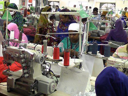 Textilfabrik in Bangladesch Foto: © Gisela Burckhardt, FEMNET