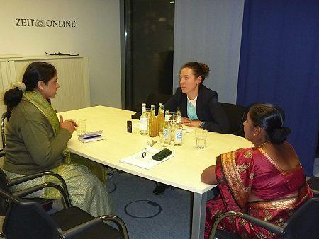 Anita Cheria und Maheshwari Murugan im Interview mit ZEIT Online Redakteurin Maria Exner